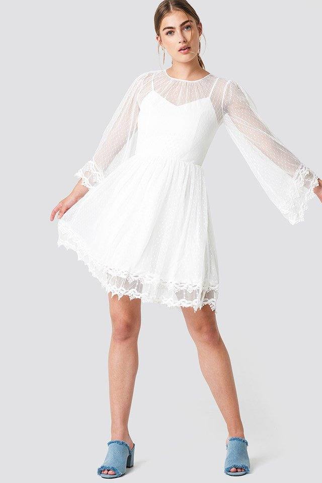 trendyol_trumpet_sleeve_lace_dress_1494-000756-0244_03c